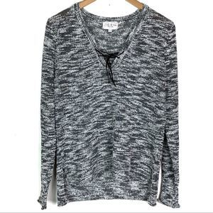 Feel The Piece Black & White V Neck Sweater XS / S